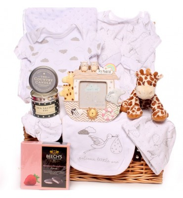 Welcome Baby Hamper Unisex.