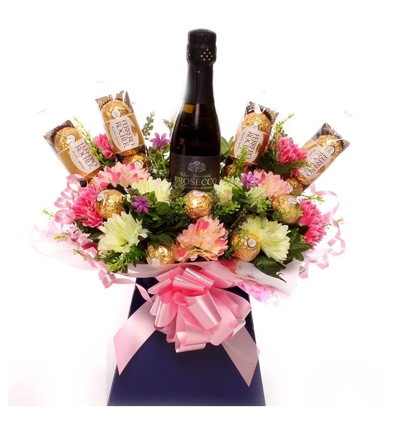 Prosecco, Flowers and Ferrero Rocher Bouquet.