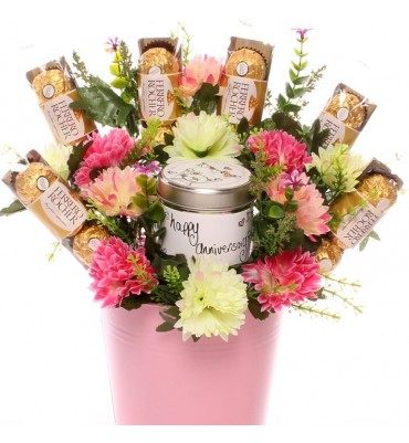 Happy Anniversary Candle Gift Bouquet.