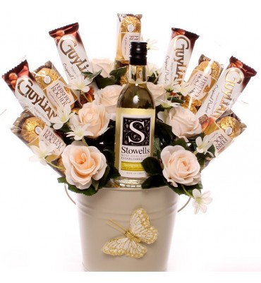 White Wine Ferrero Rocher and Guylian Bouquet.