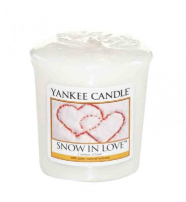 Snow In Love Yankee Candle...