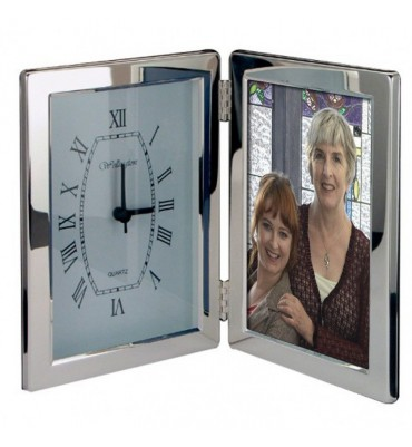 Silver Clock and 6x4 Photoframe