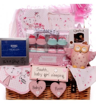 The Owl and The Pussy Cat Baby Girl Hamper.