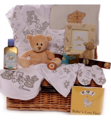 Three Little Bears Baby Hamper.