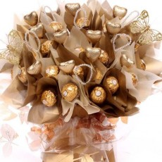 Wedding Gifts and Personalied Wedding gifts | Wedding Chocolate Bouquets