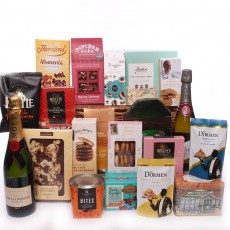 Traditional Christmas Hampers.